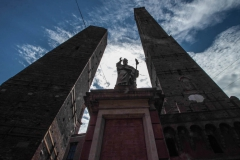 2016-FH-Twin-Towers-Bologna-dynamisch